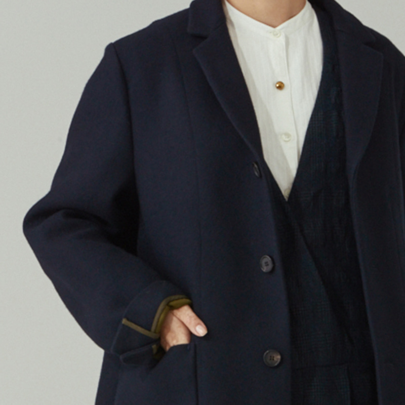 Tailored 4 button single coat_Navy