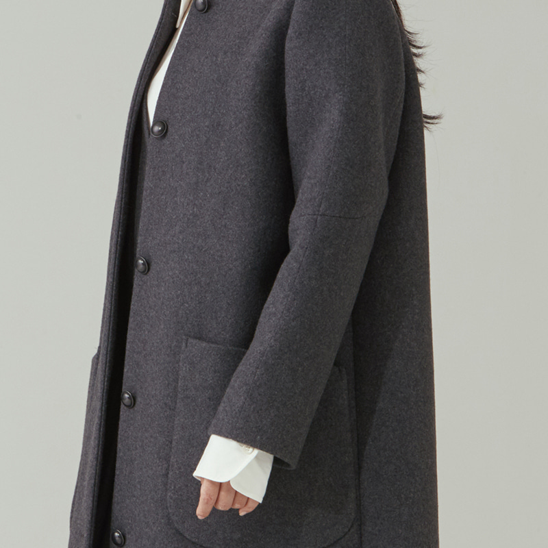 Inverted pleats non-collar coat_Charcoal