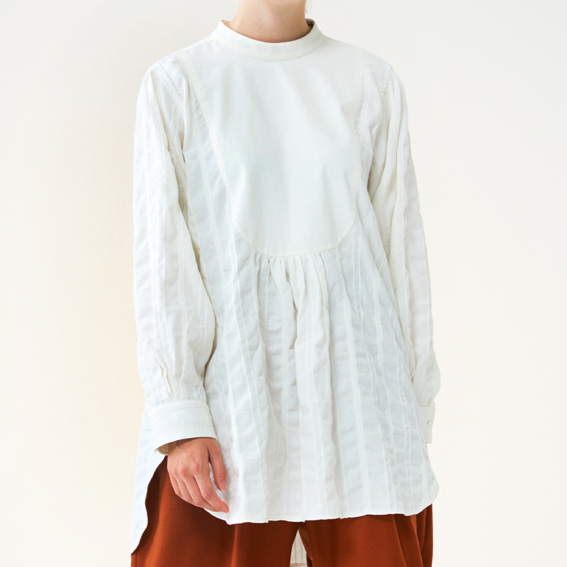 Back button antique blouse_Off white