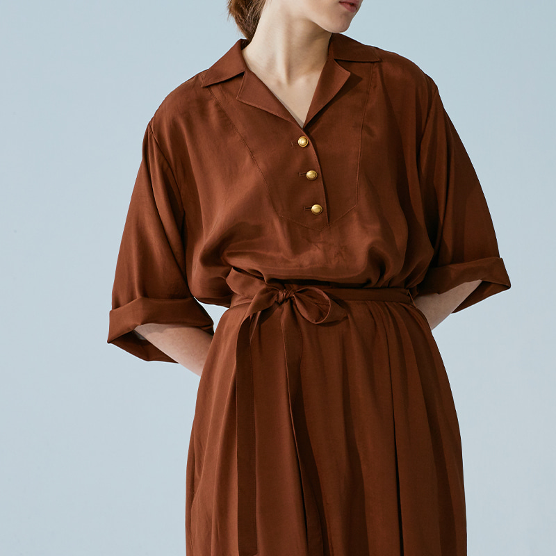 Open collar belted One piece_Brown